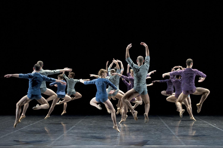 Corps de Ballet - ©LaurentPhilippe